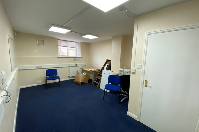 Office to let in Rotherham Road, Sheffield