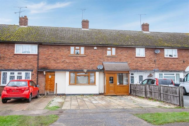 Thumbnail Terraced house for sale in Acres Avenue, Ongar, Essex