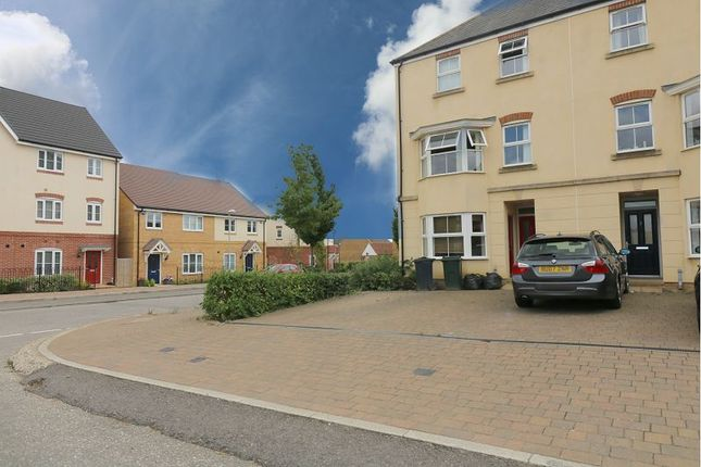 Thumbnail Property to rent in Broadview Close, Kingsnorth, Ashford