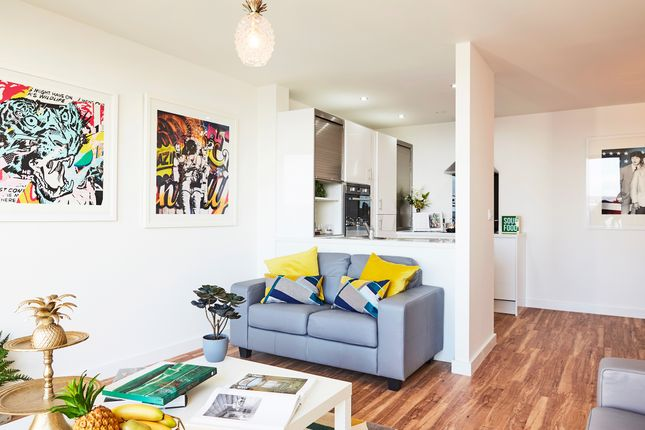 Thumbnail Flat to rent in 11 Plaza Boulevard, Liverpool