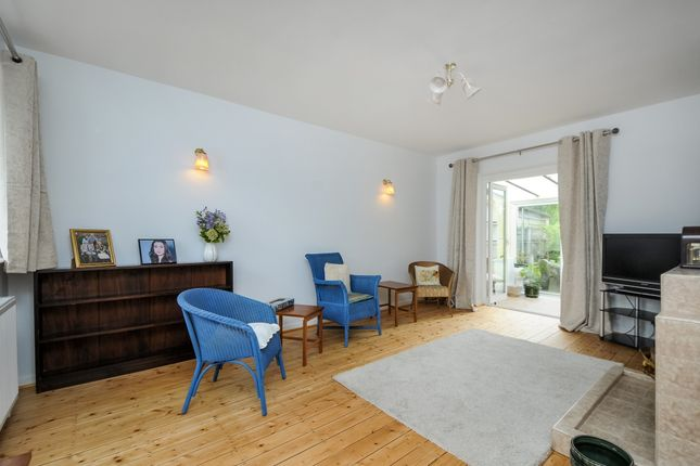 Thumbnail Bungalow to rent in Elsfield Road, Marston, Oxford