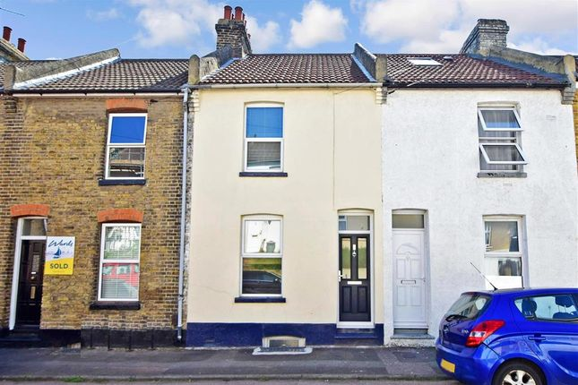 Thumbnail Terraced house for sale in Cavendish Road, Rochester, Kent