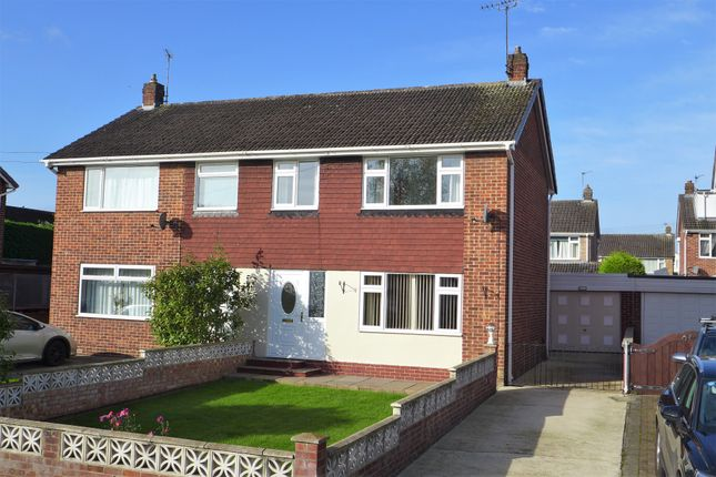 3 bed semi-detached house to rent in Highfield Road, Ripon HG4
