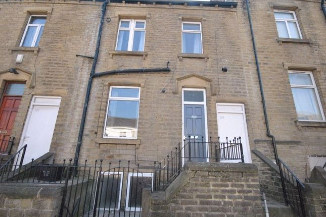 Thumbnail Terraced house to rent in Manchester Road, Thornton Lodge, Huddersfield
