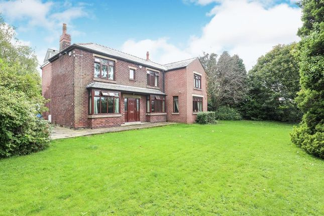 Thumbnail Detached house for sale in Rood Hill, Congleton