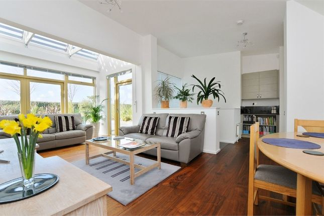 Thumbnail Terraced house for sale in Moseley Row, Greenwich, London