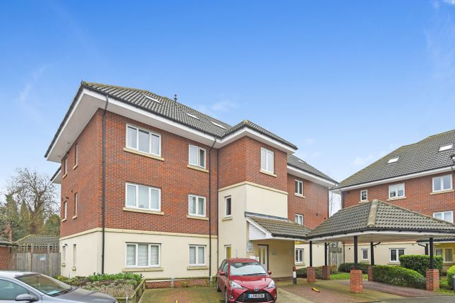 Thumbnail Flat for sale in Eastnor Road, New Eltham, London