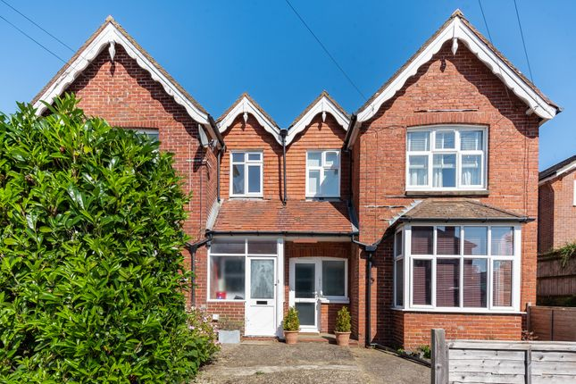 1 bed flat to rent in Hill Road, Hindhead GU26
