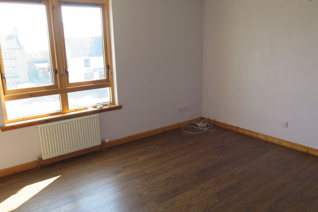 Thumbnail Flat to rent in Glenlethnot Place, Montrose