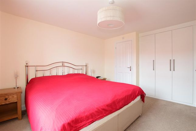 Bedroom 1 of Poppy Way, Havant, Hampshire PO9