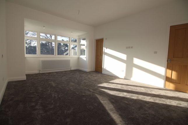 Bedroom of The Avenue, Bushey WD23