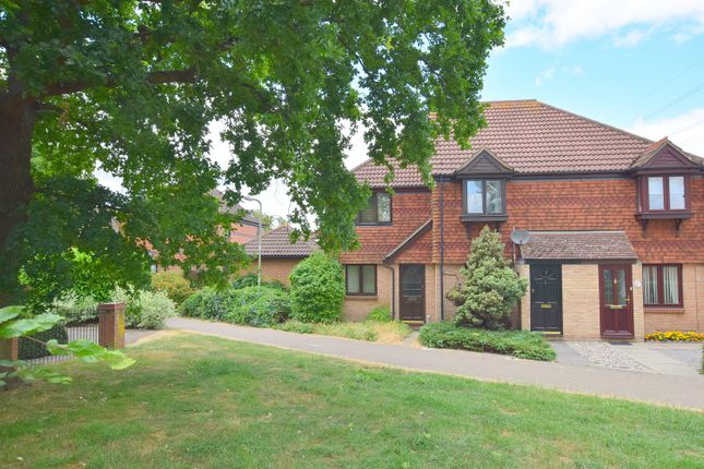 Thumbnail End terrace house for sale in Washford Glen, Didcot, Oxfordshire