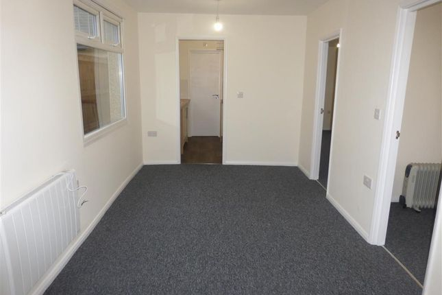 Thumbnail Bungalow to rent in Brooklands Gardens, Jaywick, Clacton-On-Sea