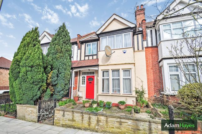 Thumbnail Terraced house for sale in Cornwall Avenue, Finchley