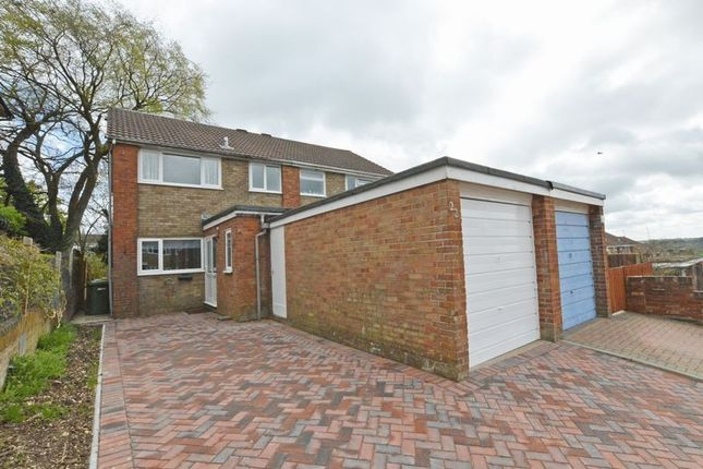 Thumbnail Semi-detached house to rent in Chestnut Close, Alton