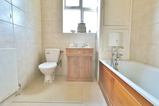Bathroom of Haslemere Avenue, East Barnet, Barnet EN4