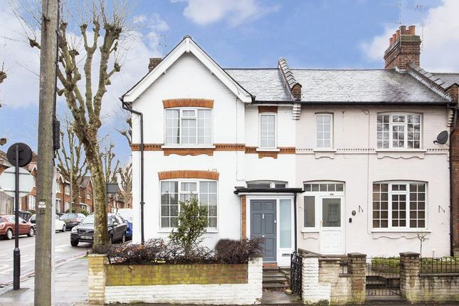 2 bed terraced house for sale in North Hill, Highgate