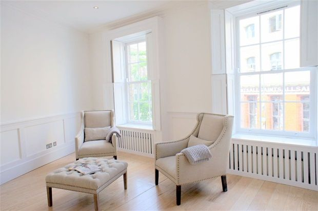 2 bed property to rent in Hanbury Street, London