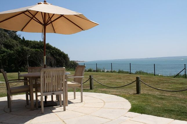 Thumbnail Flat to rent in Swordfish Close, Hill Head, Lee-On-The-Solent, Hampshire