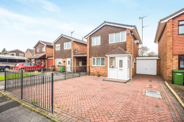 Thumbnail Link-detached house for sale in Oakridge Drive, Willenhall, West Midlands