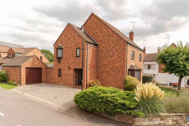 Thumbnail Detached house for sale in Elliotts Orchard, Barford