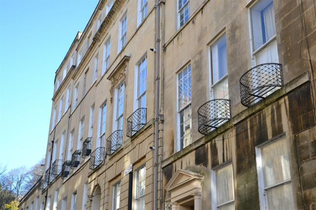 2 bed property to rent in Park Street, Bath