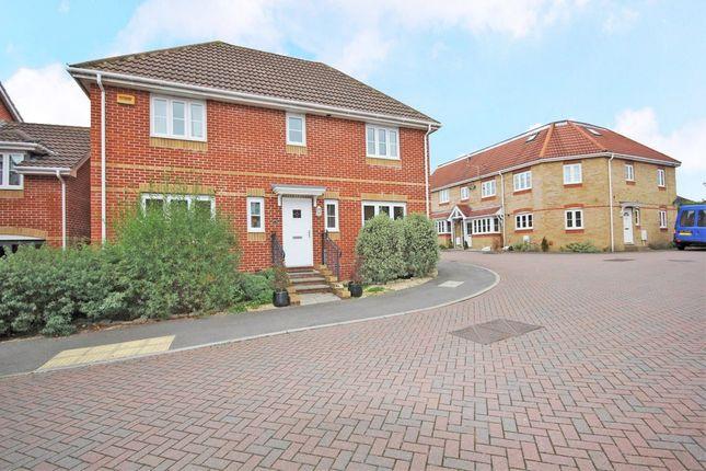 Thumbnail Detached house for sale in Park Cottage Drive, Titchfield, Fareham