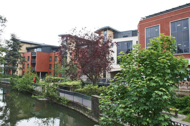 Thumbnail Flat for sale in Fisher Row, Oxford