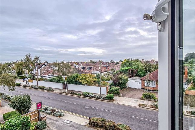 1 bed flat for sale in Station Road, Southend-On-Sea SS1