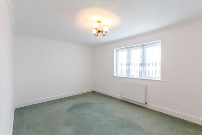 Dining Room of Chamberlain Avenue, Corringham, Stanford-Le-Hope, Essex SS17