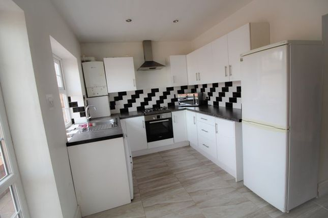 Thumbnail Property to rent in Marloes Close, Wembley