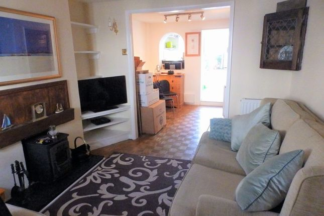 Thumbnail Cottage to rent in West Street, Shoreham-By-Sea, West Sussex