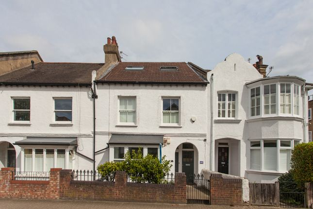 Thumbnail Flat for sale in St. James's Drive, London