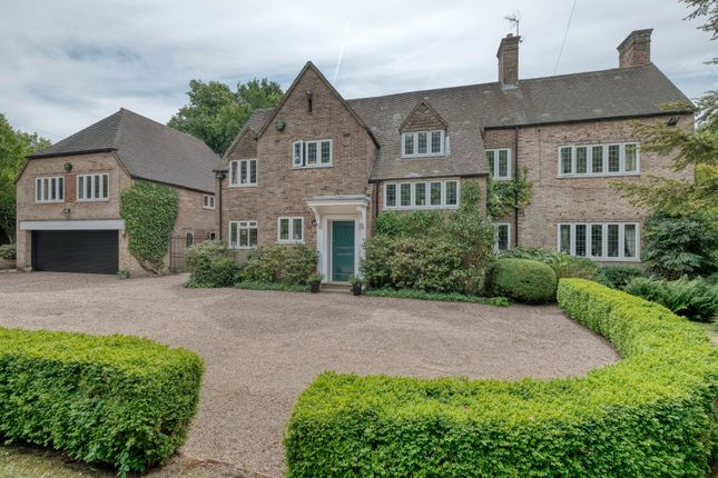 Thumbnail Detached house for sale in Linthurst Road, Barnt Green