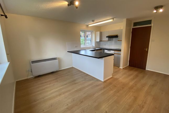 1 bed flat to rent in Mulberry Close, Luton LU1