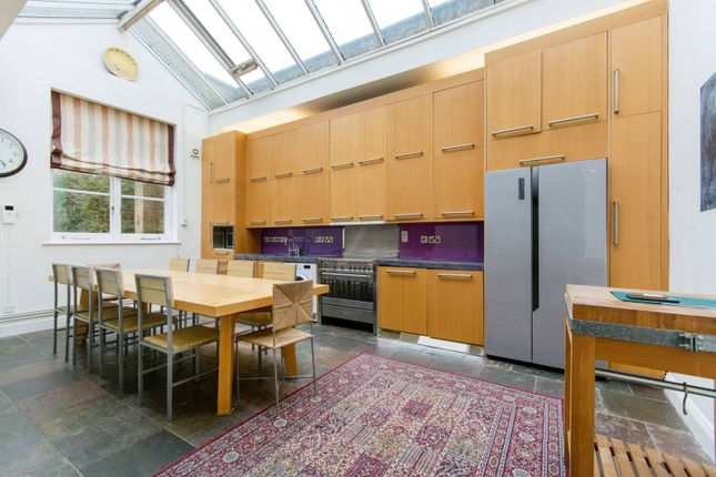 Thumbnail Property to rent in Takhar Mews, Clapham Junction