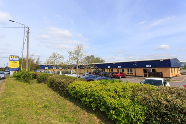 Office to let in Hampton Park West, Melksham