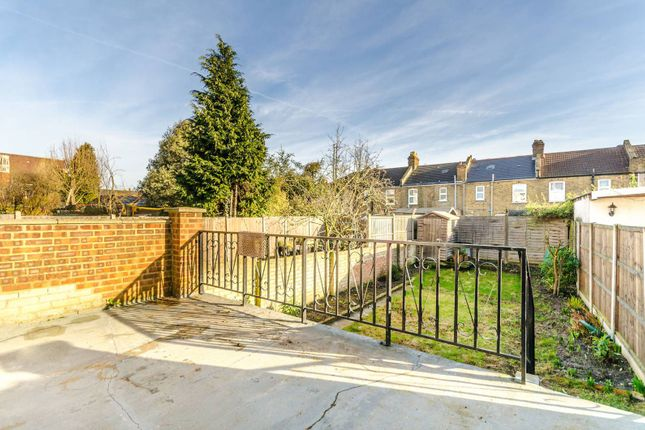 Thumbnail Property to rent in Torridon Road, Catford
