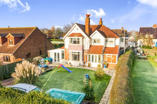 Thumbnail Detached house for sale in Marine Avenue, Sutton-On-Sea, Mablethorpe