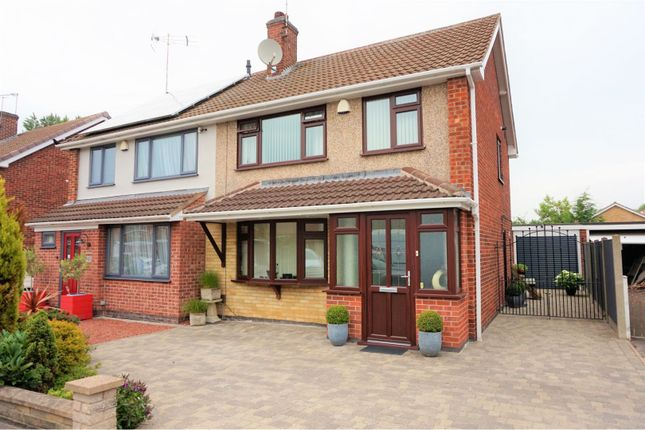 Front of Olympic Close, Glenfield LE3