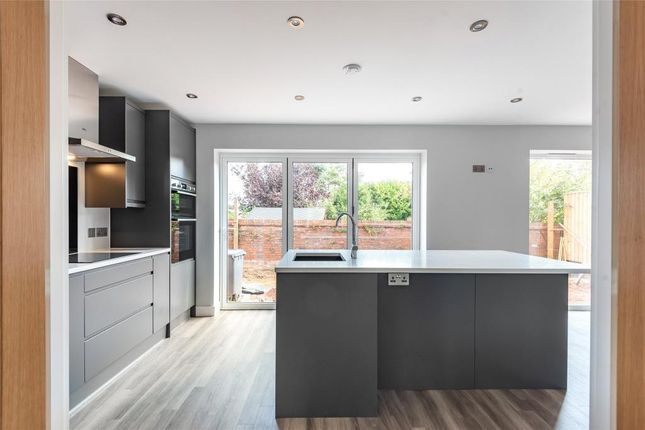 Thumbnail Detached house for sale in The Broadway, Exmouth
