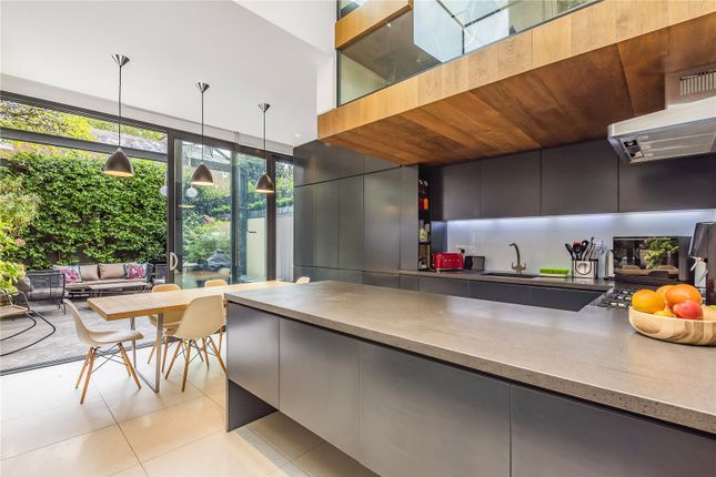 Thumbnail Terraced house for sale in Calabria Road, Highbury, London