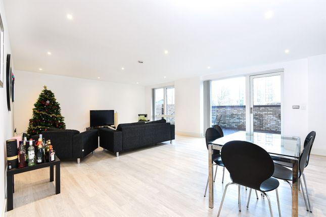Thumbnail Flat for sale in Lakeside Drive, Park Royal NW10, London