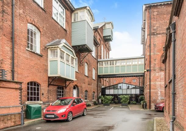 3 bed flat for sale in The Brewhouse, Court Street, Faversham, Kent