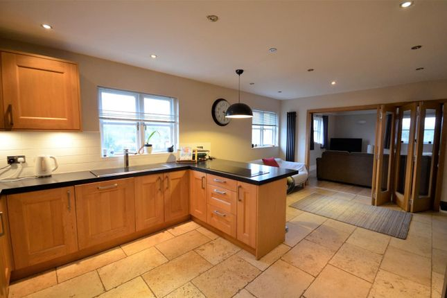 Dining Kitchen of Bollington Mill, Park Lane, Altrincham WA14