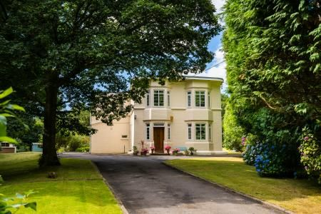 Thumbnail Property for sale in Dyffryn, Neath