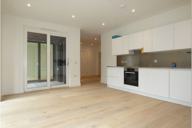 Thumbnail Flat for sale in Material Walk, Hayes
