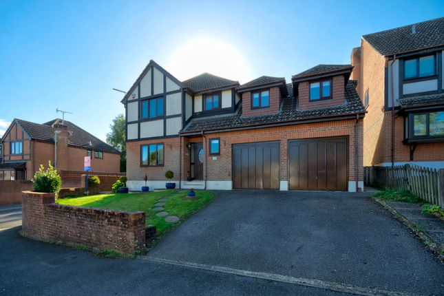 Thumbnail Detached house for sale in Hedge End, Southampton, Hampshire