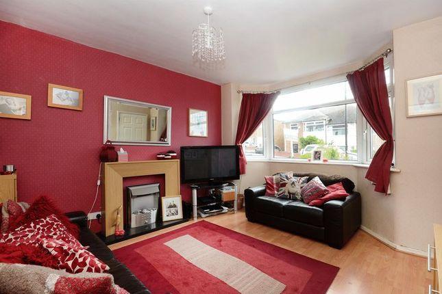 Living Room of Herdings View, Sheffield S12