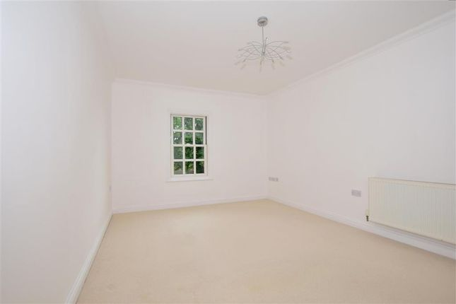Thumbnail Flat for sale in Coventry Gardens, Deal, Kent